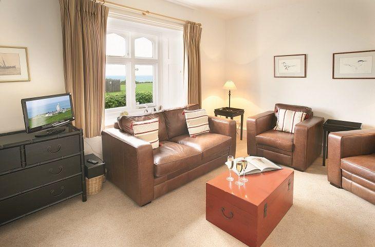 Landward lounge
