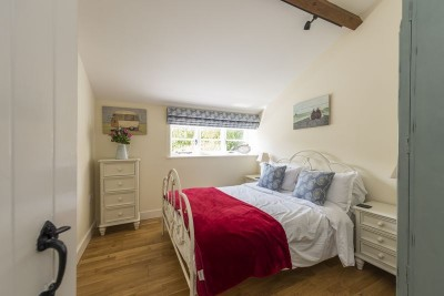 Bay Cottage king bedroom