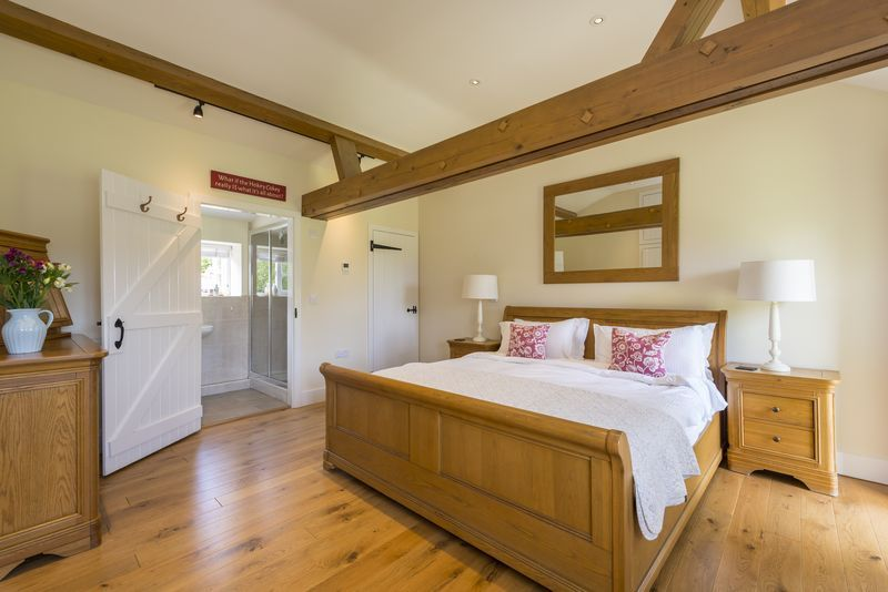 Chestnut cottage super king bedroom