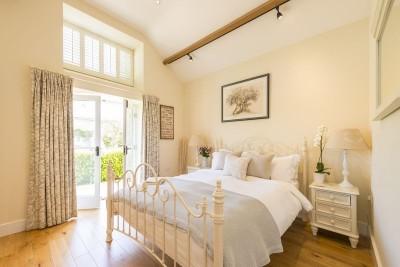 PALOMINO COTTAGE bedroom
