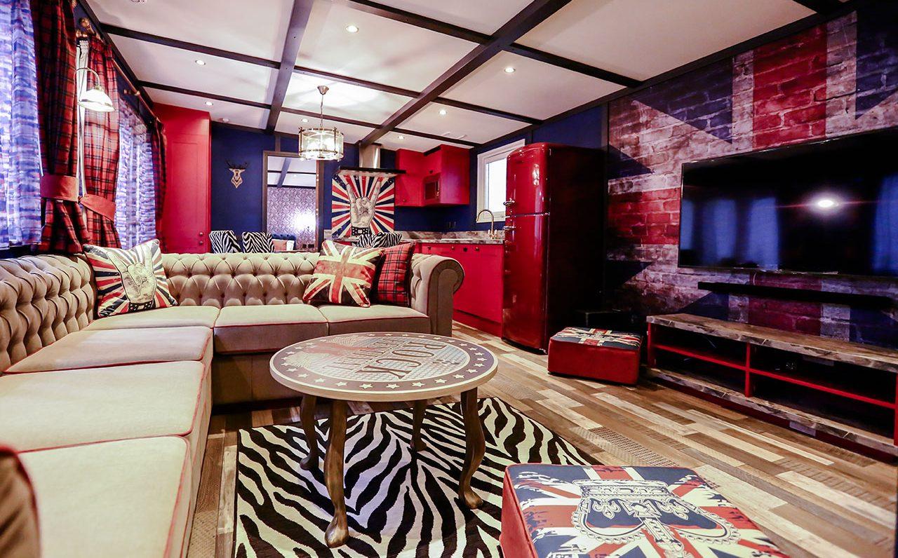 rockstar-caravan-lounge