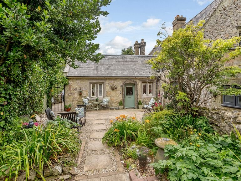 Vestry Cottage 03