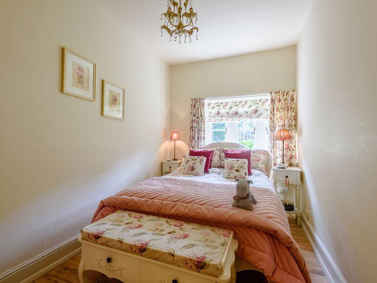 Vestry Cottage bedroom