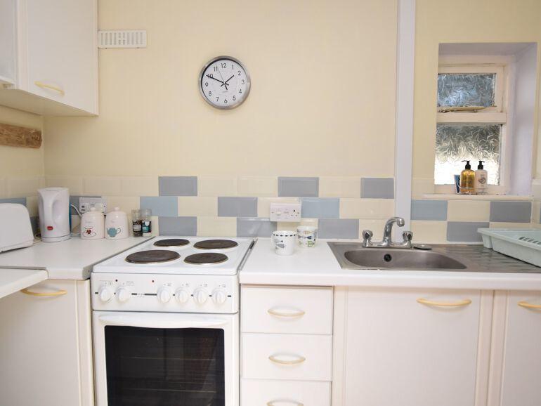 Wendy house kitchen