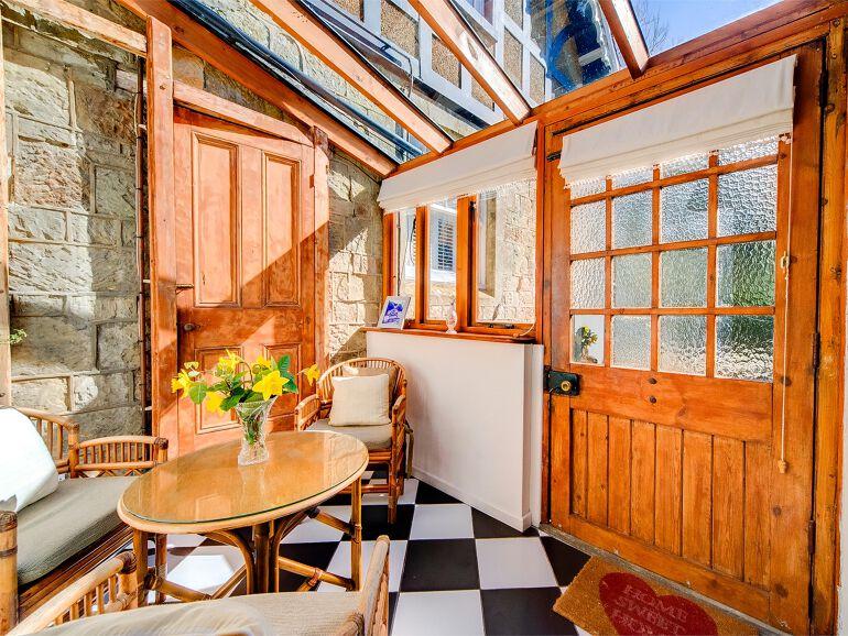 castlecottage conservatory