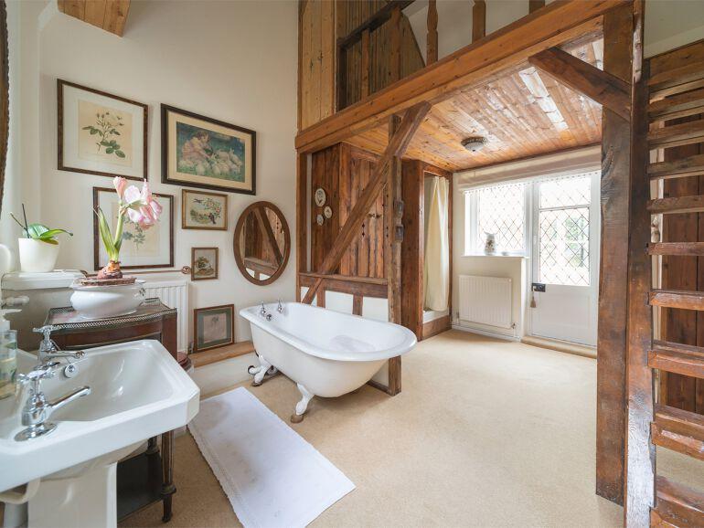 clockhouse Bathroom