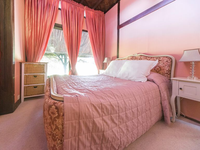 indiansummerhouse bedroom