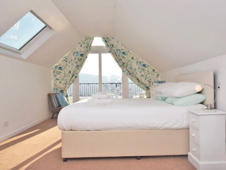 Admirals View bedroom