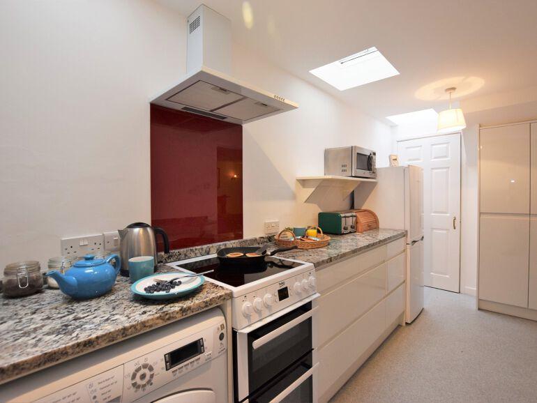 Admirals View kitchen