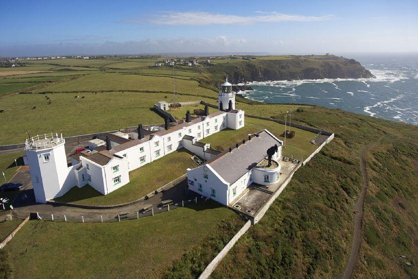 Lizard Point Lighthouse, Cornwall - Bishop Rock