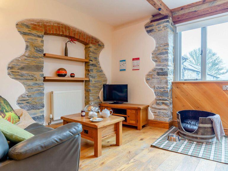 Wren Barn Lakes lounge