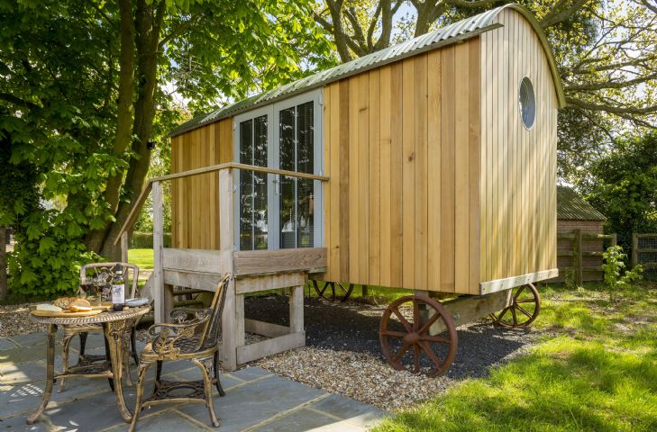Cedar Tree Shepherds Hut